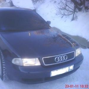 Audi A4 2001г. 350000р