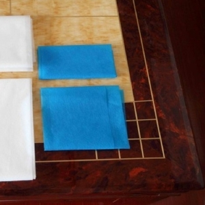 Машина для нарезки и сложения простыней и салфеток