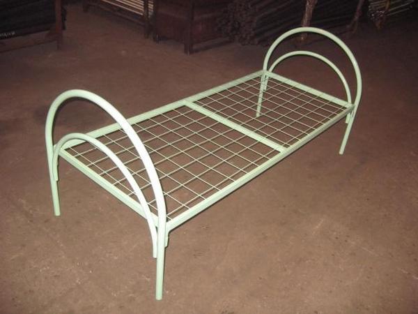 Реализуем крупным и мелким оптом кровати металлические 2